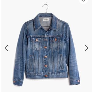Madewell The Jean Jacket in Pinter Wash size small